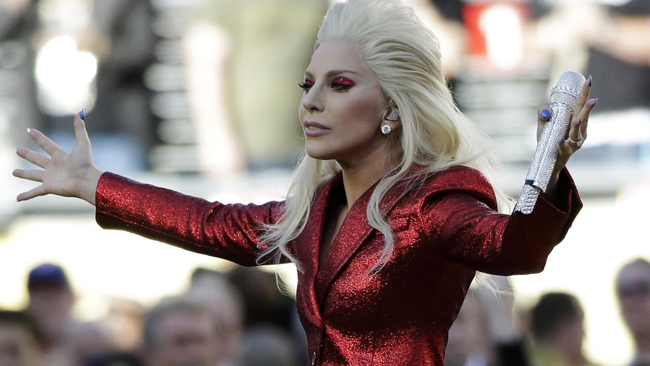 Lady Gaga sings the national anthem before the NFL Super Bowl 50 football game between the Denver Broncos and the Carolina Panthers Sunday, Feb. 7, 2016, in Santa Clara, Calif. (AP Photo/Marcio Jose Sanchez)AP Photo/Marcio Jose Sanchez