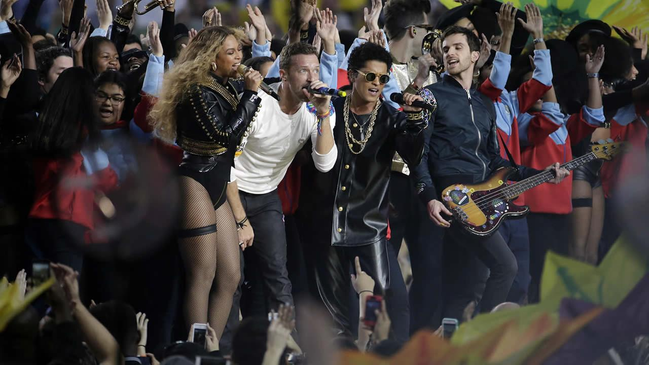 Beyonce, Coldplay singer Chris Martin and Bruno Mars perform during halftime of the NFL Super Bowl 50 football game Sunday, Feb. 7, 2016, in Santa Clara, Calif. (AP Photo/Matt York) AP Photo/Matt York