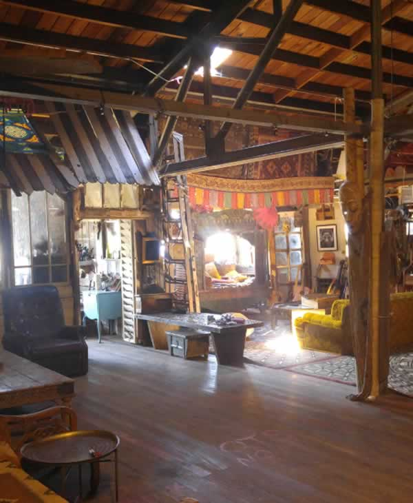 <div class='meta'><div class='origin-logo' data-origin='none'></div><span class='caption-text' data-credit='Photo by www.OaklandGhostShip.com'>This photo of the Ghost Ship art collective warehouse in Oakland, Calif. was posted on its website.</span></div>