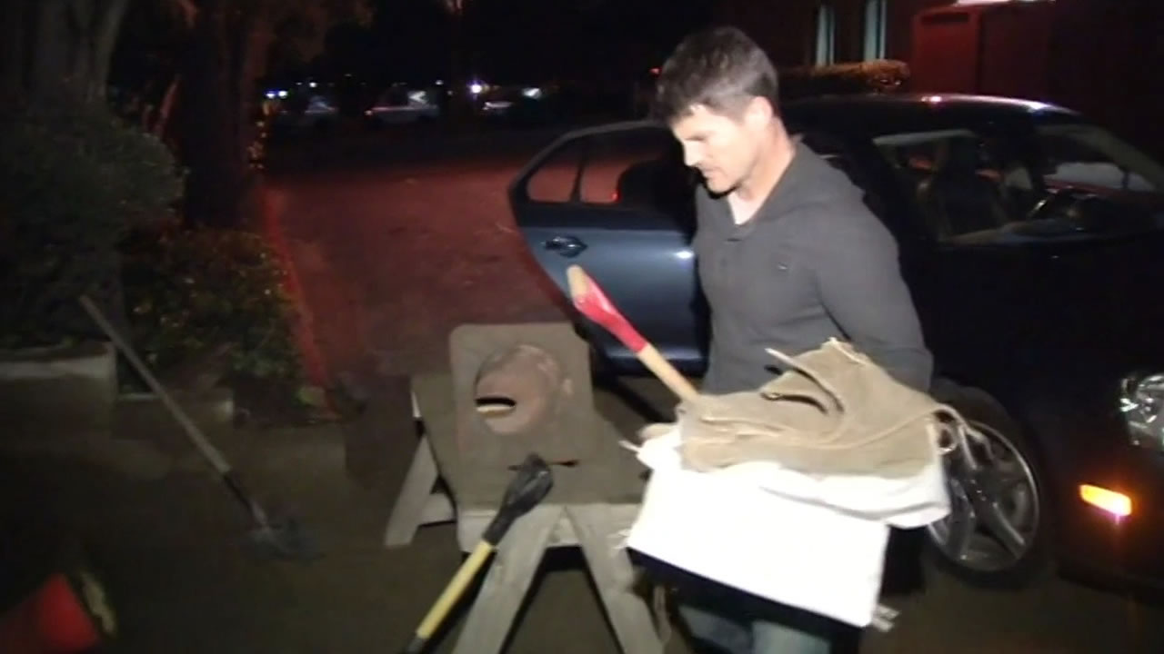 "<div class=""meta image-caption""><div class=""origin-logo origin-image ""><span></span></div><span class=""caption-text"">Residents in the North Bay filling sand bags in Corte Madera on Wednesday, Dec 10, 2014, in preparation for the big storm (ABC7 News) </span></div>"