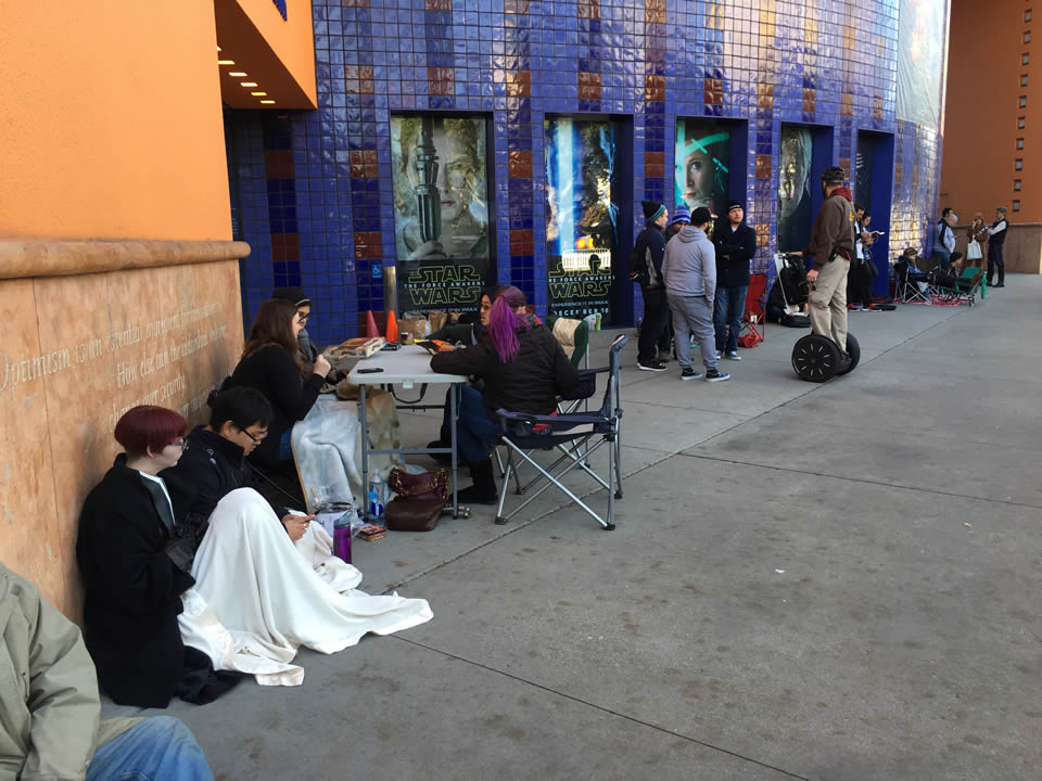 "<div class=""meta image-caption""><div class=""origin-logo origin-image none""><span>none</span></div><span class=""caption-text"">""Star Wars"" fans wait in line outside the Tech Museum in San Jose, Calif. on Thursday, December 17, 2015. (KGO-TV/Jonathan Bloom)</span></div>"