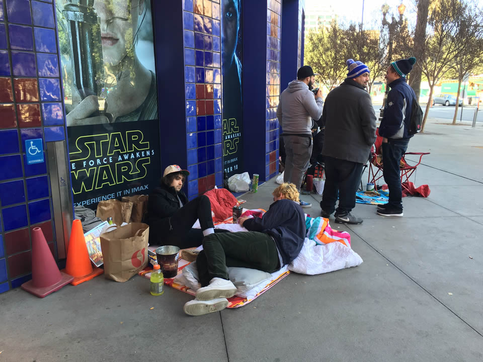 39 star wars 39 fans camp out for 39 force awakens 39 for Star wars museum san francisco