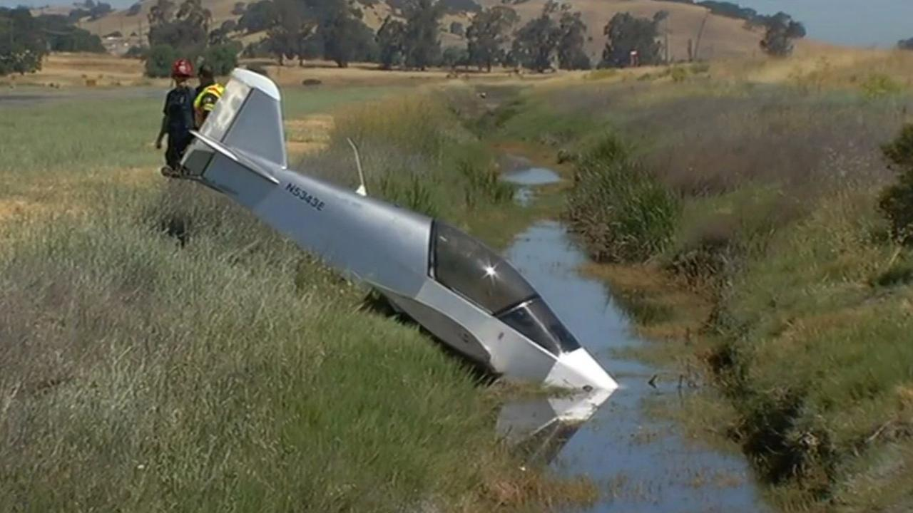 Small plane crash in Novato