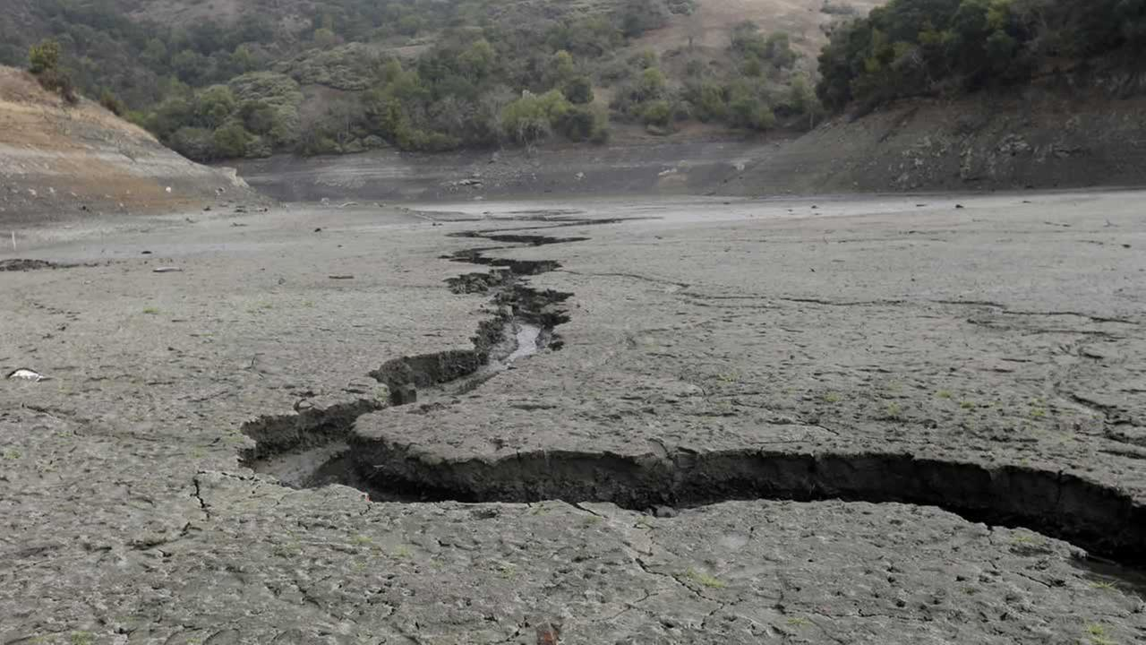 The cracked-dry bed of the Almaden Reservoir is seen on Friday, Feb. 7, 2014, in San Jose.