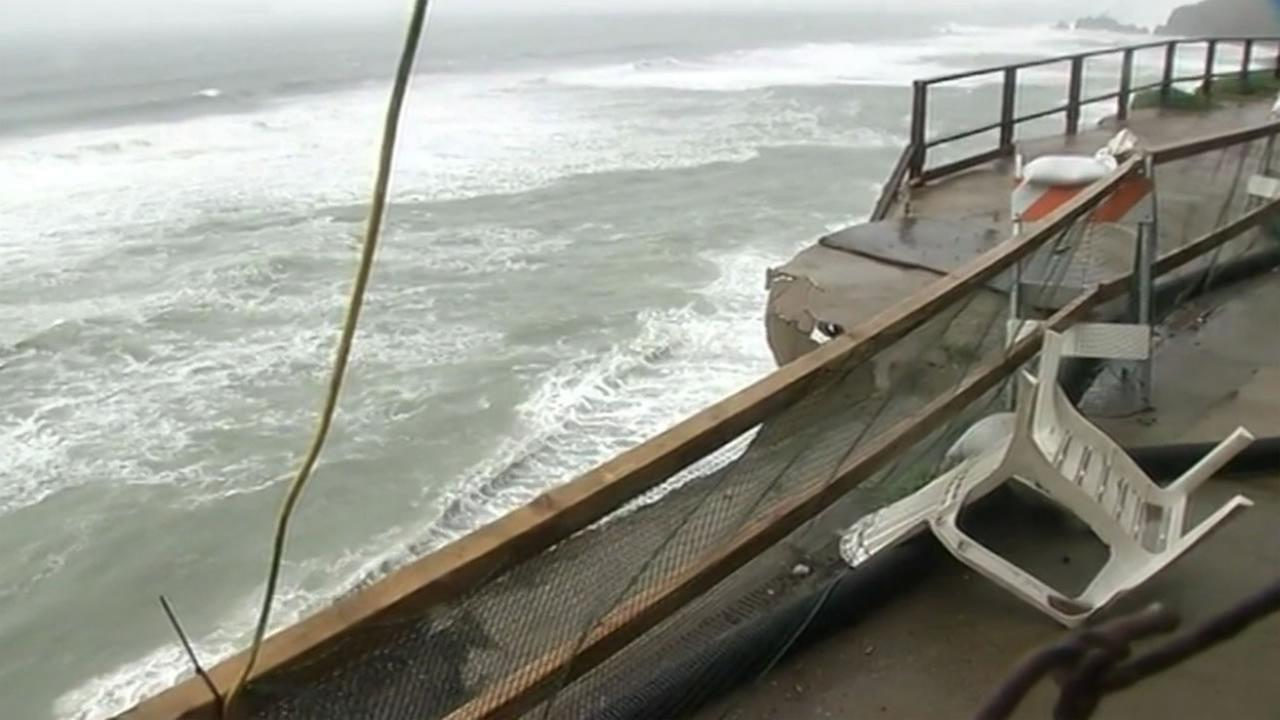 Strong winds and heavy rains continue to batter the Pacifica coastline on Saturday, March 5, 2016.KGO-TV