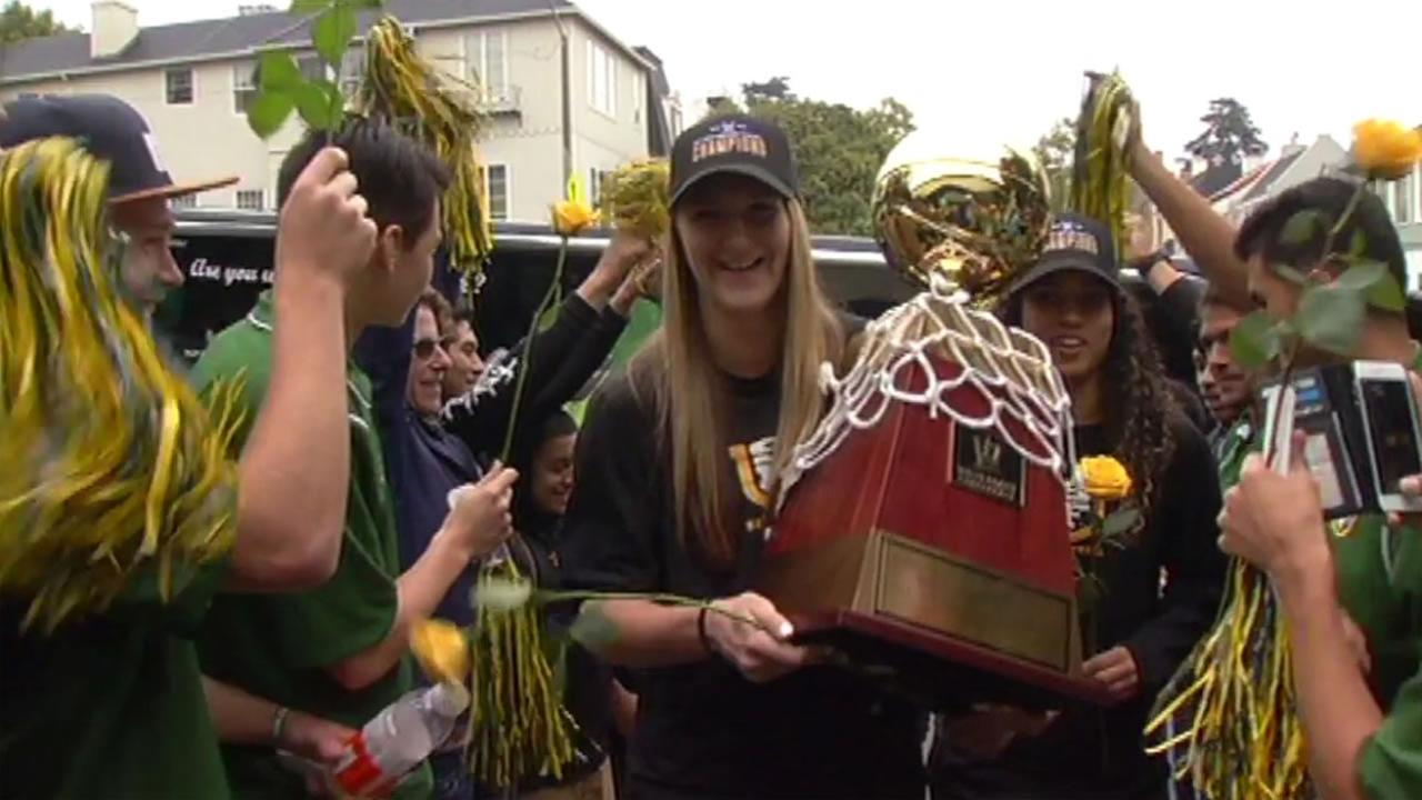 The University of San Francisco womens basketball team received a champions welcome Wednesday, March 9, 2016  after winning West Coast Conference Championships.