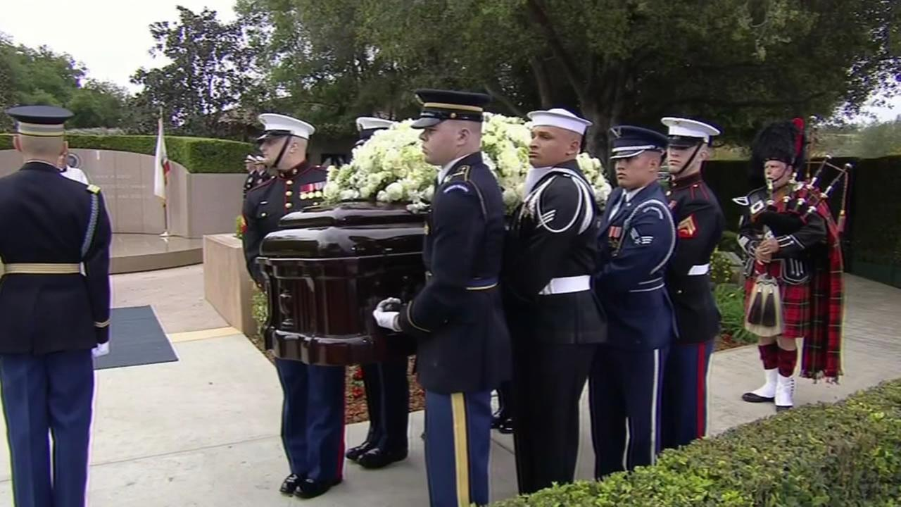 Soldiers hold the casket of Nancy Reagan in Simi Valley, Calif. on Friday, March 11, 2016.