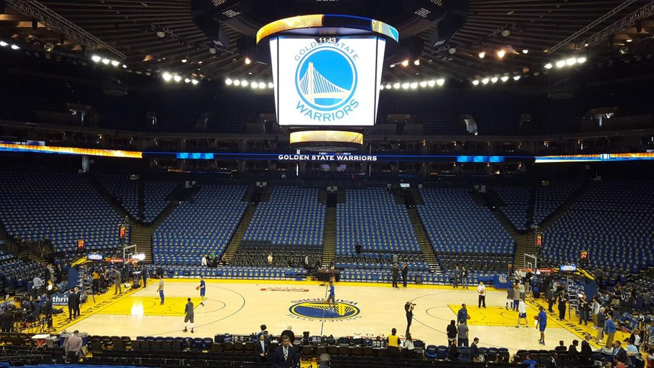 This image shows the Oracle Arena on the night of the Warriors game against the Memphis Grizzlies as they chase 73 regular seaon wins Apil 13, 2016.