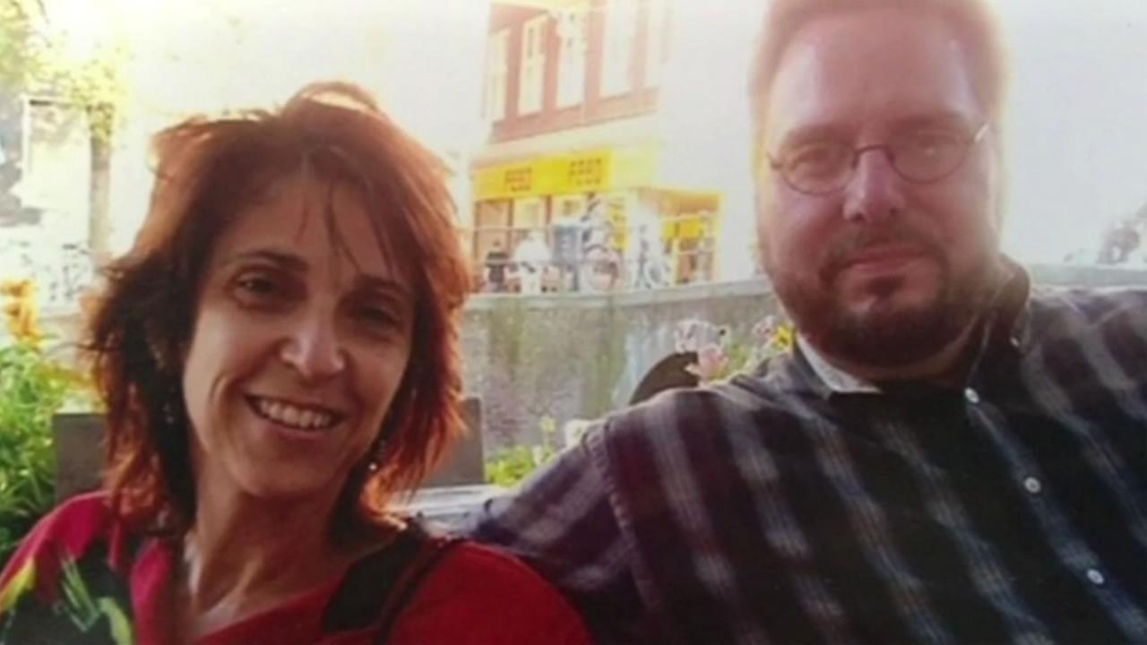 Alice Gandelman and Bill Freedman were vacationing in San Clemente, Ecuador when a massive magnitude-7.8 quake hit.