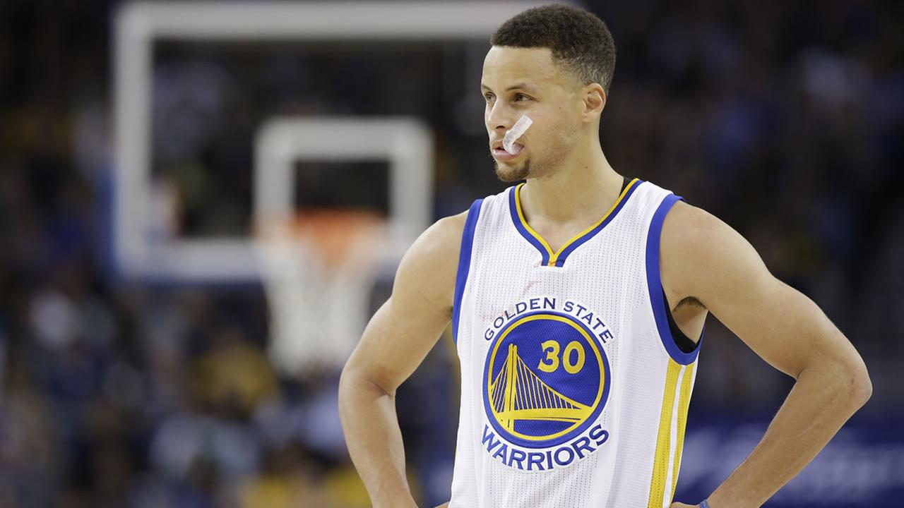 Golden State Warriors Stephen Curry during an NBA game against the Boston Celtics Friday, April 1, 2016, in Oakland, Calif. (AP Photo/Marcio Jose Sanchez)