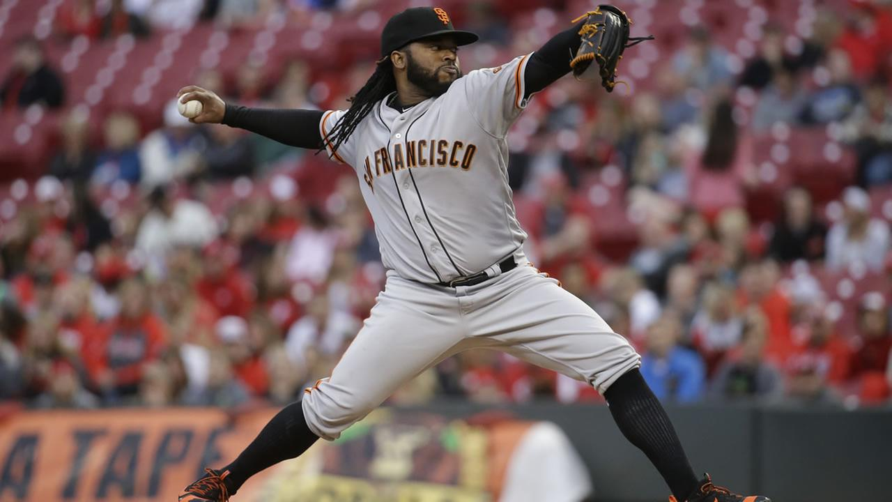Giants starting pitcher Johnny Cueto throws during a game against the Reds, Monday, May 2, 2016, in Cincinnati. (AP Photo/John Minchillo)