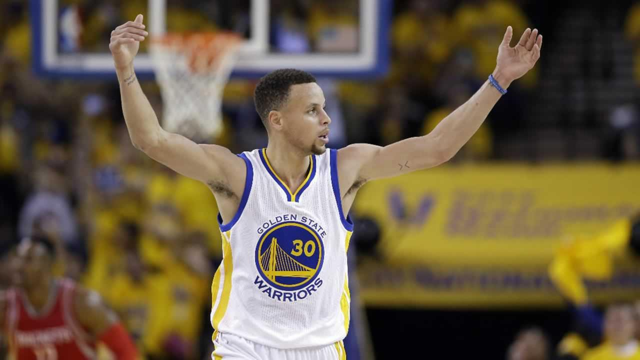 stephen curry to be named nba most valuable player