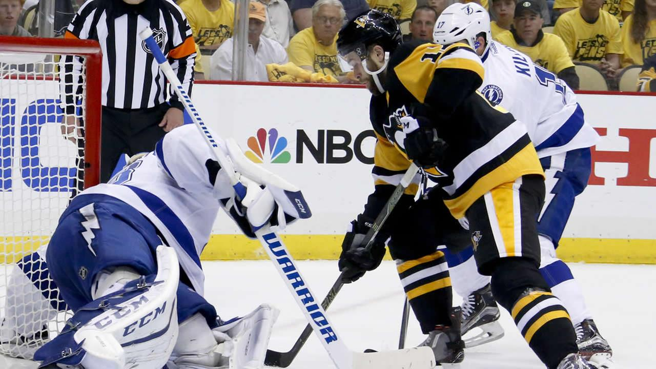 Penguins Bryan Rust scores past Lightnings Andrei Vasilevskiy during Game 7 of the NHL hockey Stanley Cup Eastern Conference finals, May 26, 2016, in Pittsburgh. (AP Photo)