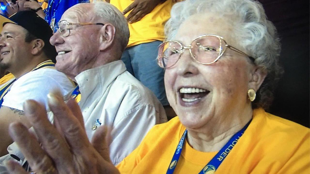 This image shows 82-year-old Warriors fan Phyllis Kalivoda at Game 1 of the NBA Finals on June 2, 2016.KGO-TV