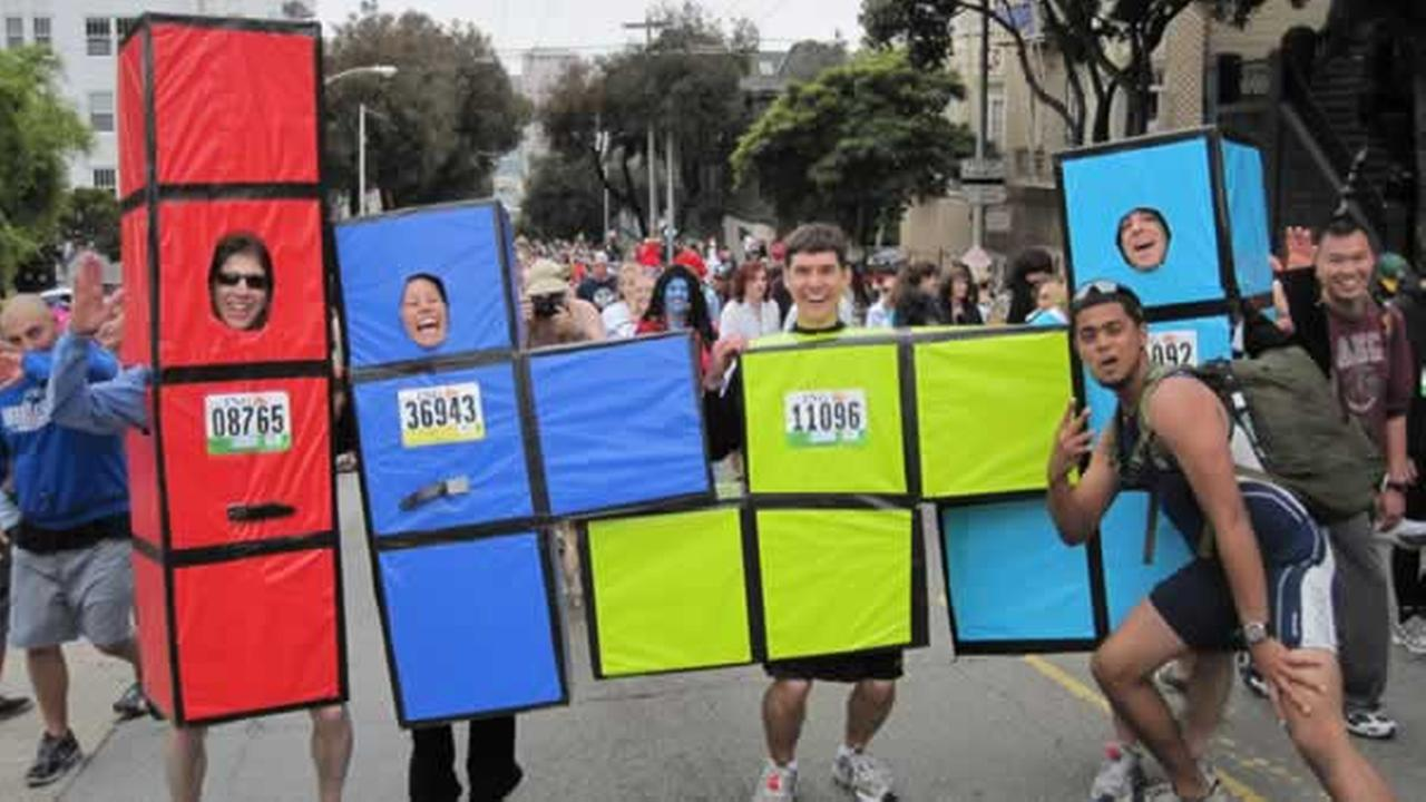 Everyone knows Bay to Breakers is really about the costumes. This year did not disappoint.