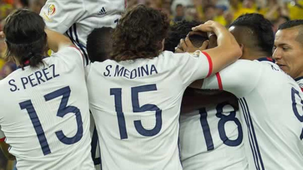 Colombia celebrates during a Copa America Centenario match against Costa Rica, Saturday, June 11, 2016, in Houston.