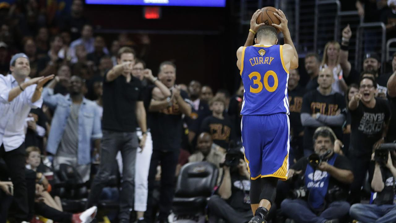 Warriors guard Stephen Curry reacts to being called for a foul against the Cavaliers during Game 6 of basketballs NBA Finals in Cleveland, Thursday, June 16, 2016.