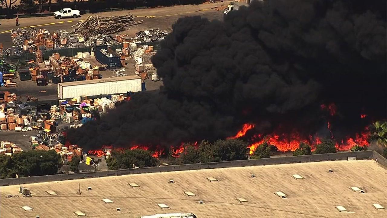 A fire at a recycling center in Newark, Calif. sent huge plumes of smoke into the air on July 8, 2016.KGO-TV