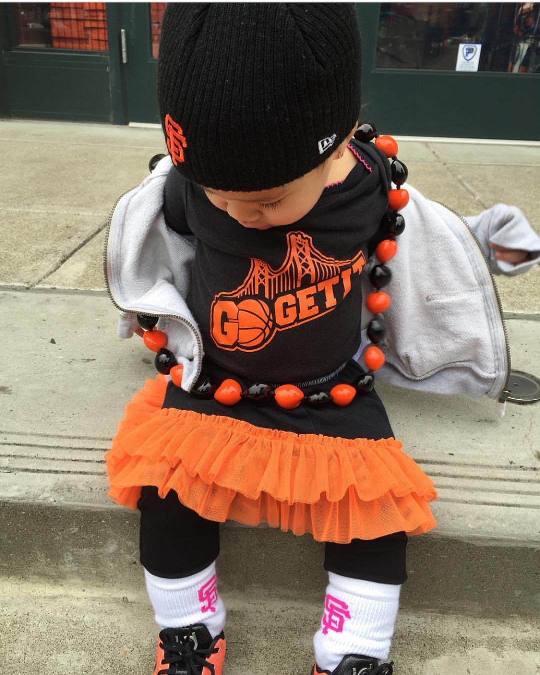<div class='meta'><div class='origin-logo' data-origin='none'></div><span class='caption-text' data-credit='Photo submitted to KGO-TV by Guskatt1982/Instagram'>ABC7 viewers are showing off their San Francisco Giants pride. Share your pics by tagging #abc7now!</span></div>