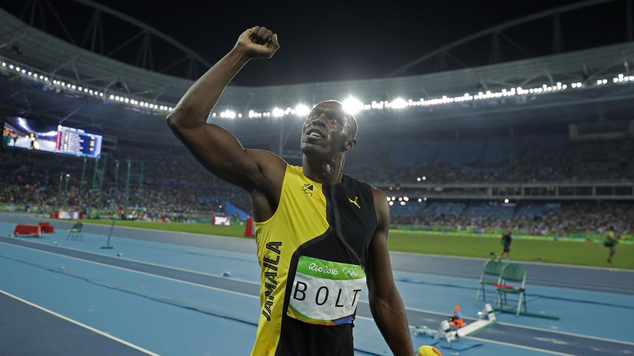 Jamaicas Usain Bolt celebrates after winning the gold medal during the athletics competitions at the 2016 Summer Olympics in Rio de Janeiro, Brazil, August 14, 2016.  (AP Photo)
