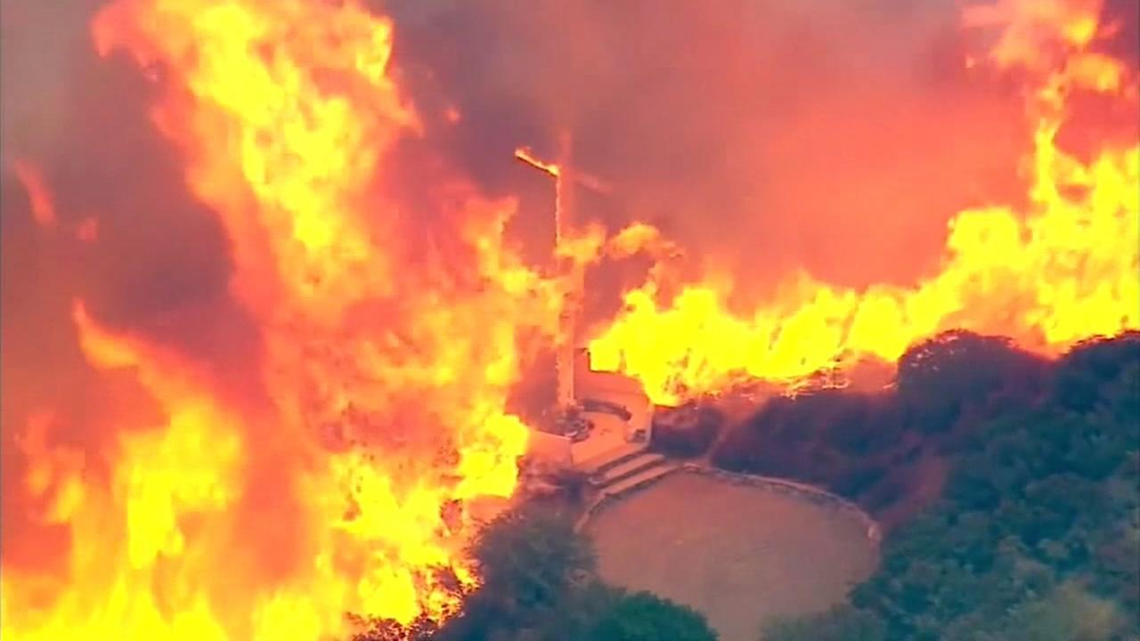 Wildfire near San Bernardino rages out of control