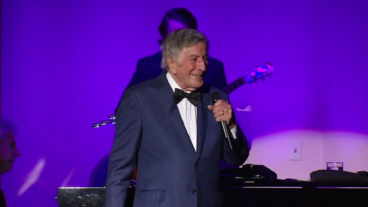 Tony Bennett performs in San Francisco on Saturday, August 21, 2016.