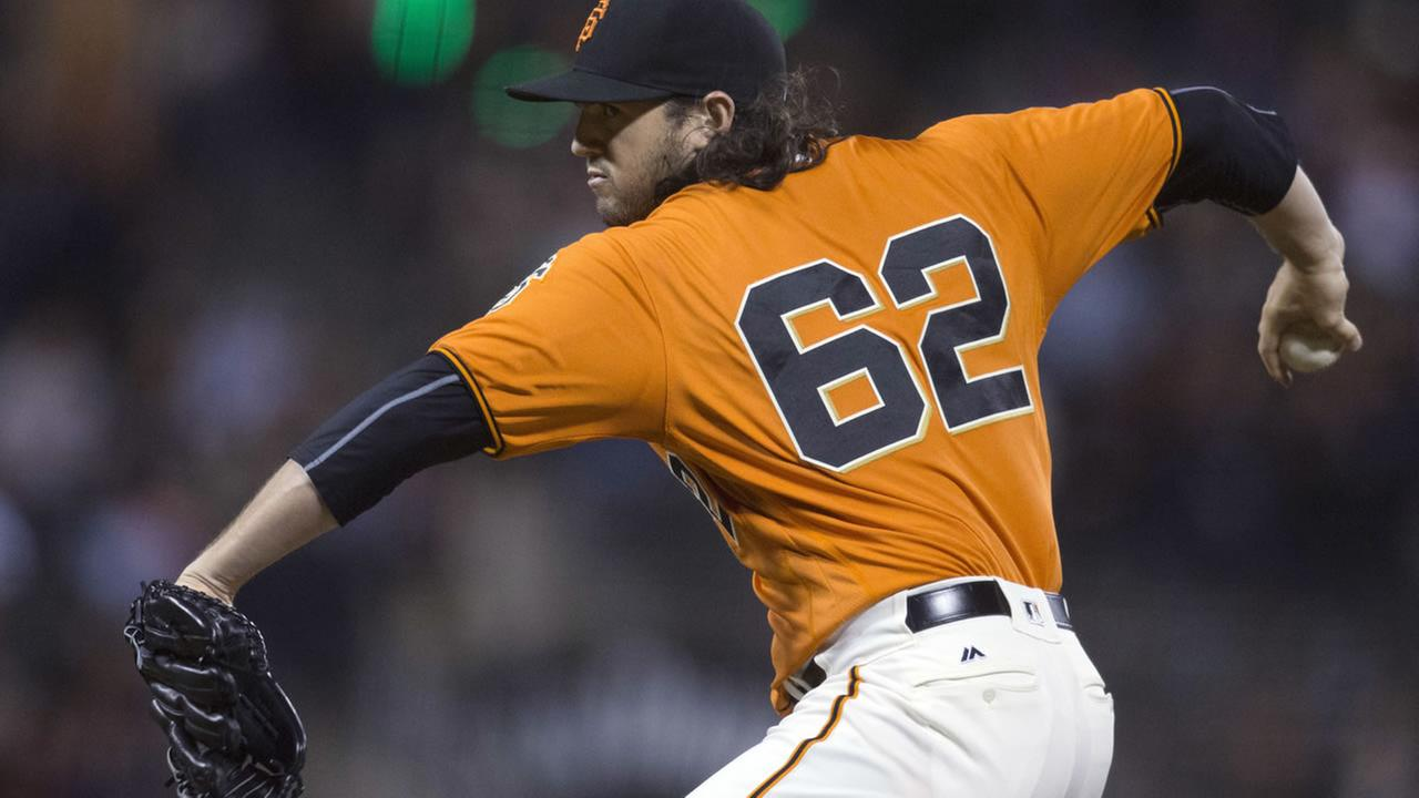 Moore Comes One Out From No-Hitter as Giants Avoid Dodgers Sweep