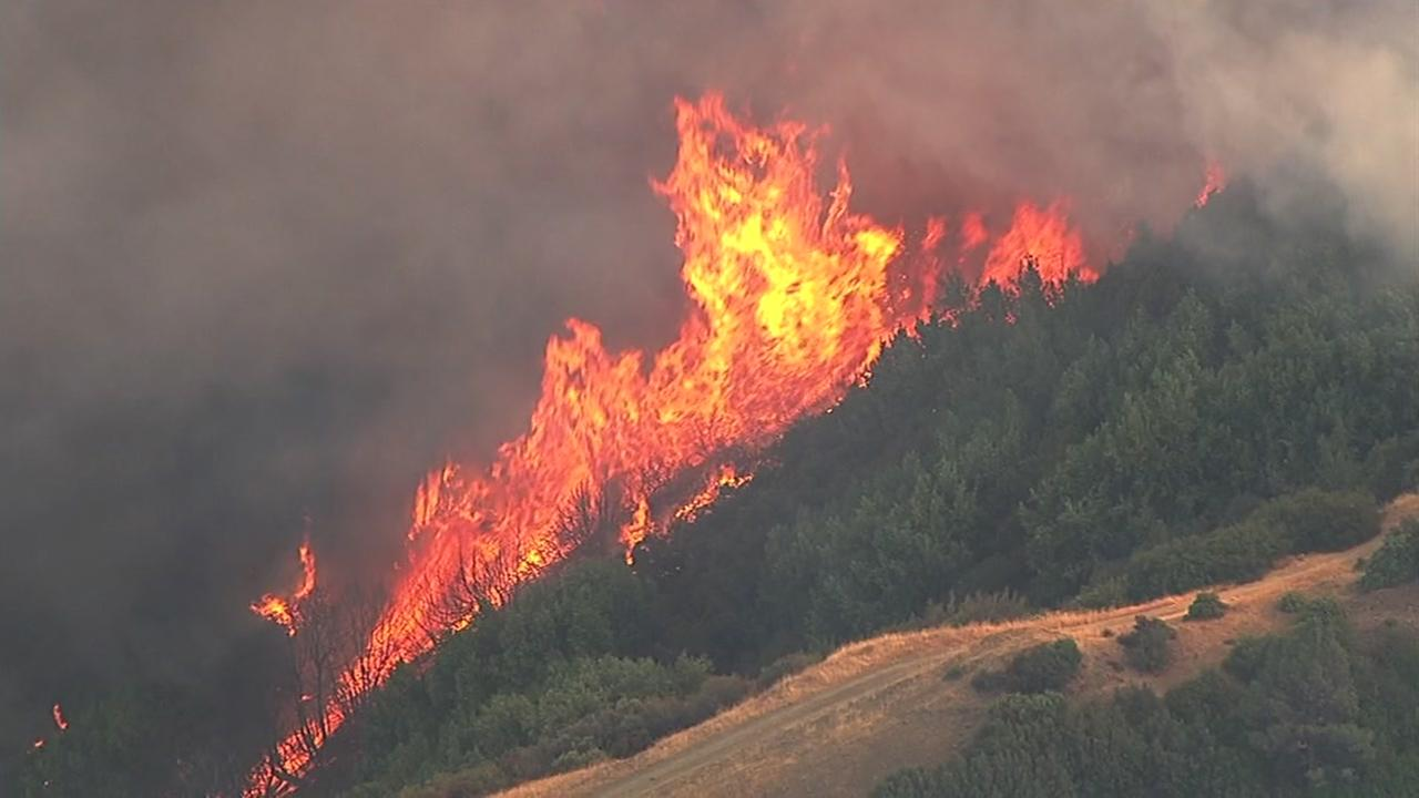 This image from Sky7 shows a fast-moving brush fire burning on Loma Prieta in the Santa Cruz Mountains on Monday, September 26, 2016.