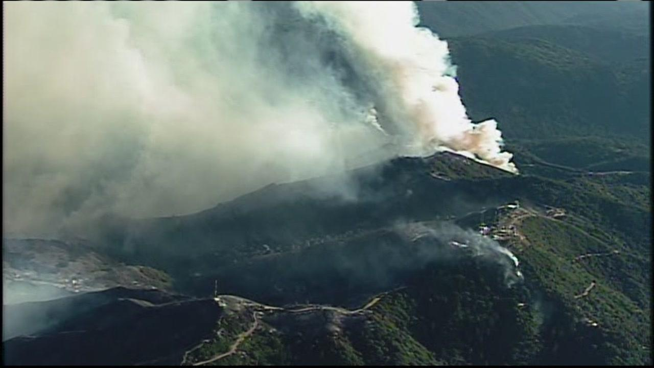 The Loma Fire burns in the Santa Cruz Mountains on Tuesday, September 27, 2016.KGO-TV