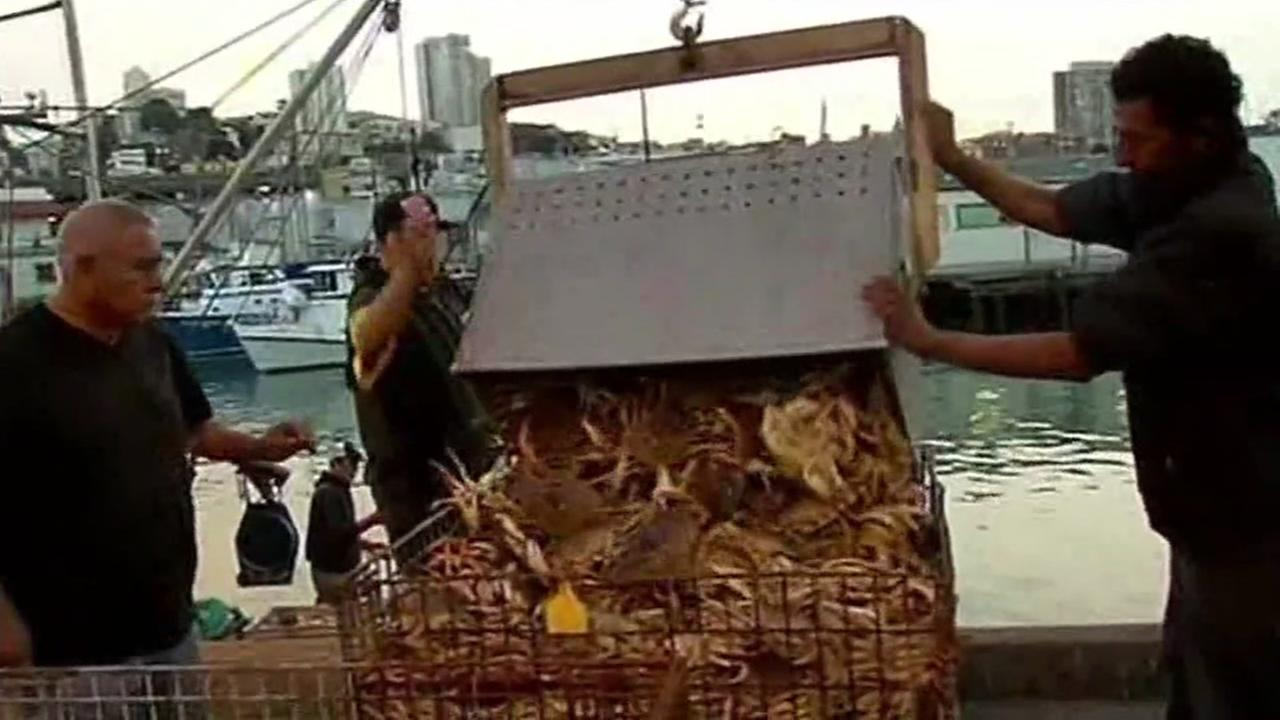 FILE -- Crab fishermen