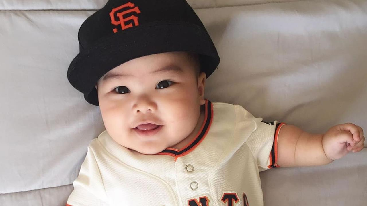 ABC7 viewers are showing off their San Francisco Giants fan pride. Share yours by tagging them #abc7now!