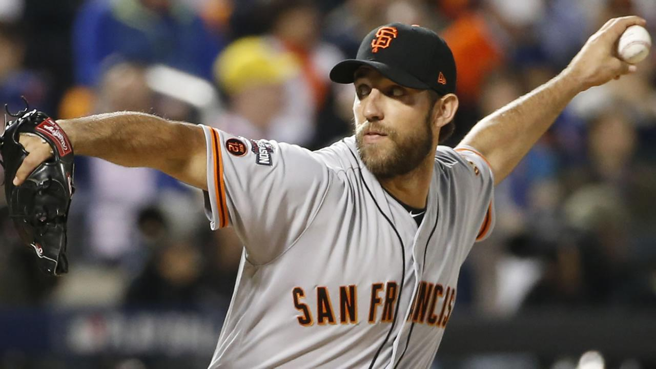 Giants pitcher Madison Bumgarner winds up during the first inning of a National League wild-card baseball game against the New York Mets on Wednesday, Oct. 5, 2016, in New York.