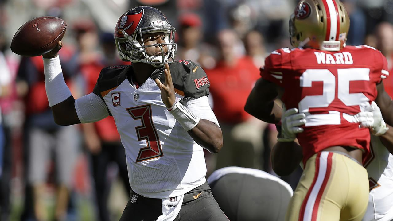 Buccaneers Jameis Winston passes against the 49ers during the first half of an NFL football game in Santa Clara, Calif., Sunday, Oct. 23, 2016. (AP Photo/Ben Margot)
