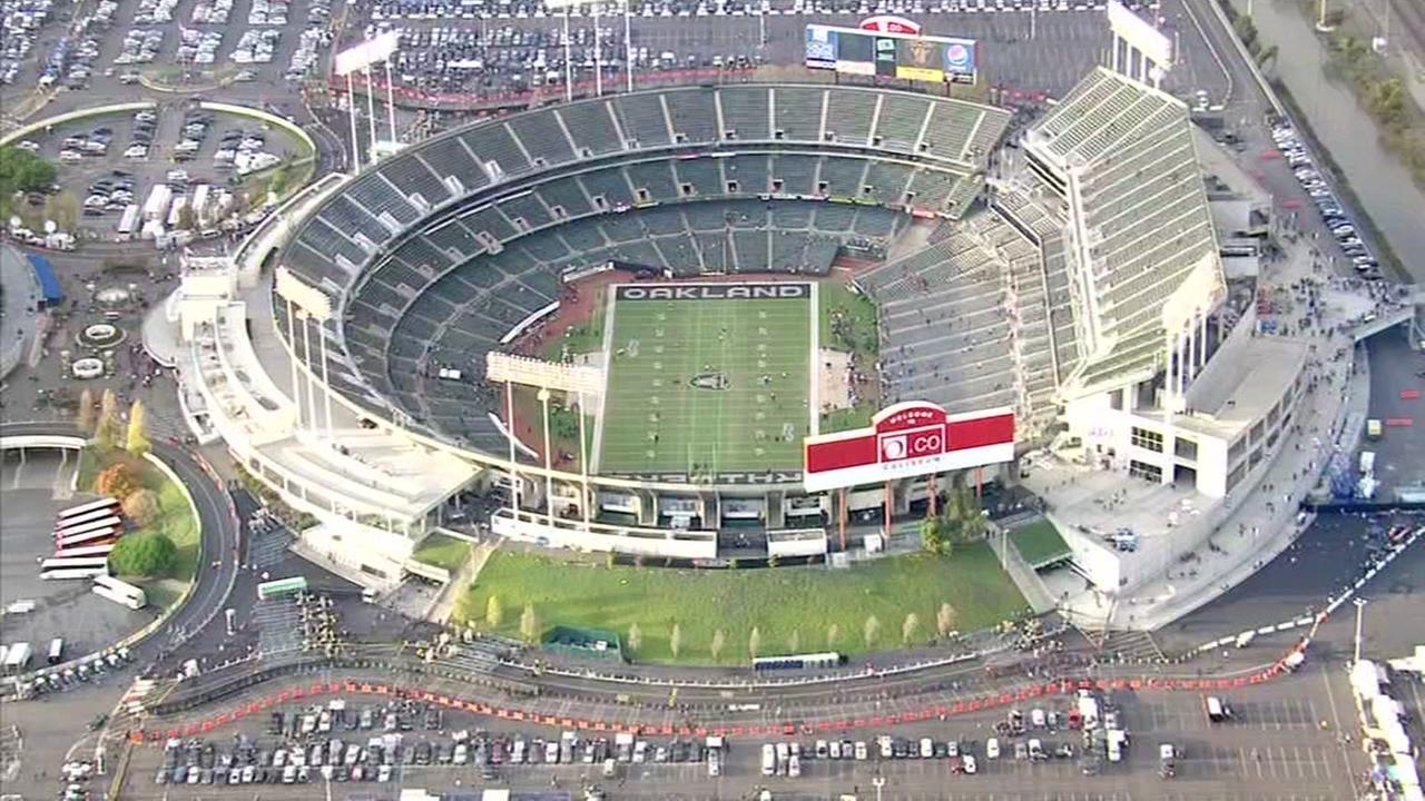 Signs of progress in effort to keep Raiders in Oakland