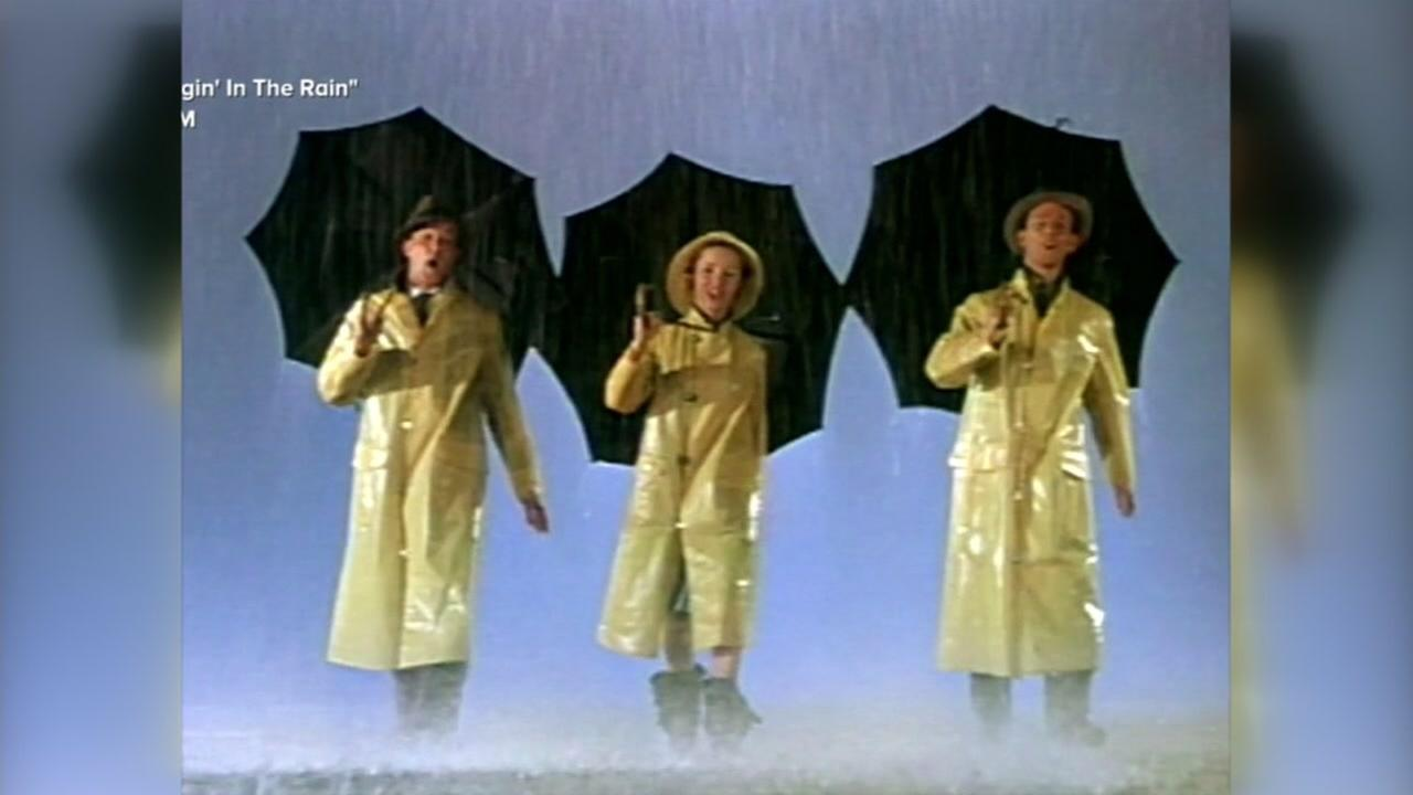Debbie Reynolds appears in Singin in the Rain.