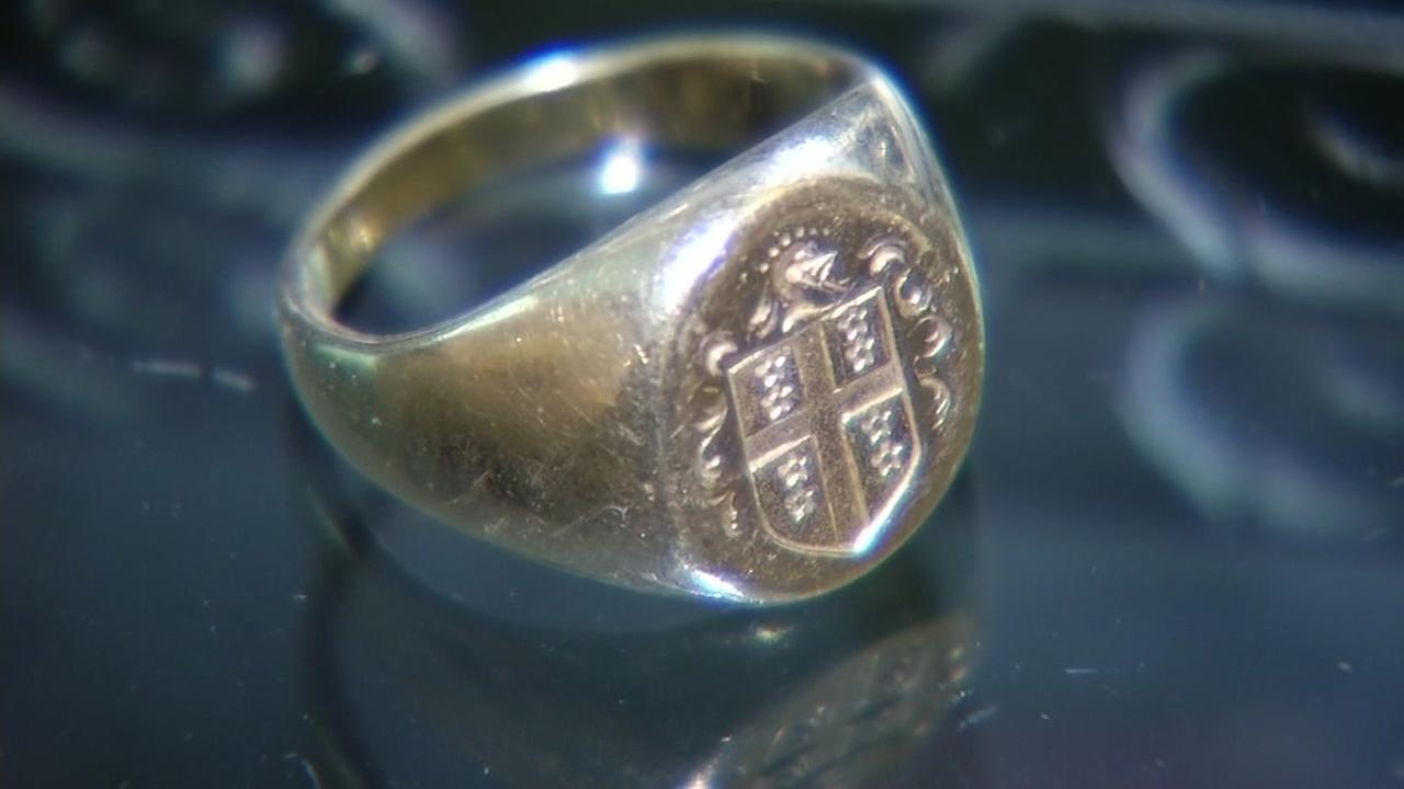 A ring stolen from a fallen soldiers mausoleum in Contra Costa County is seen in this undated image.