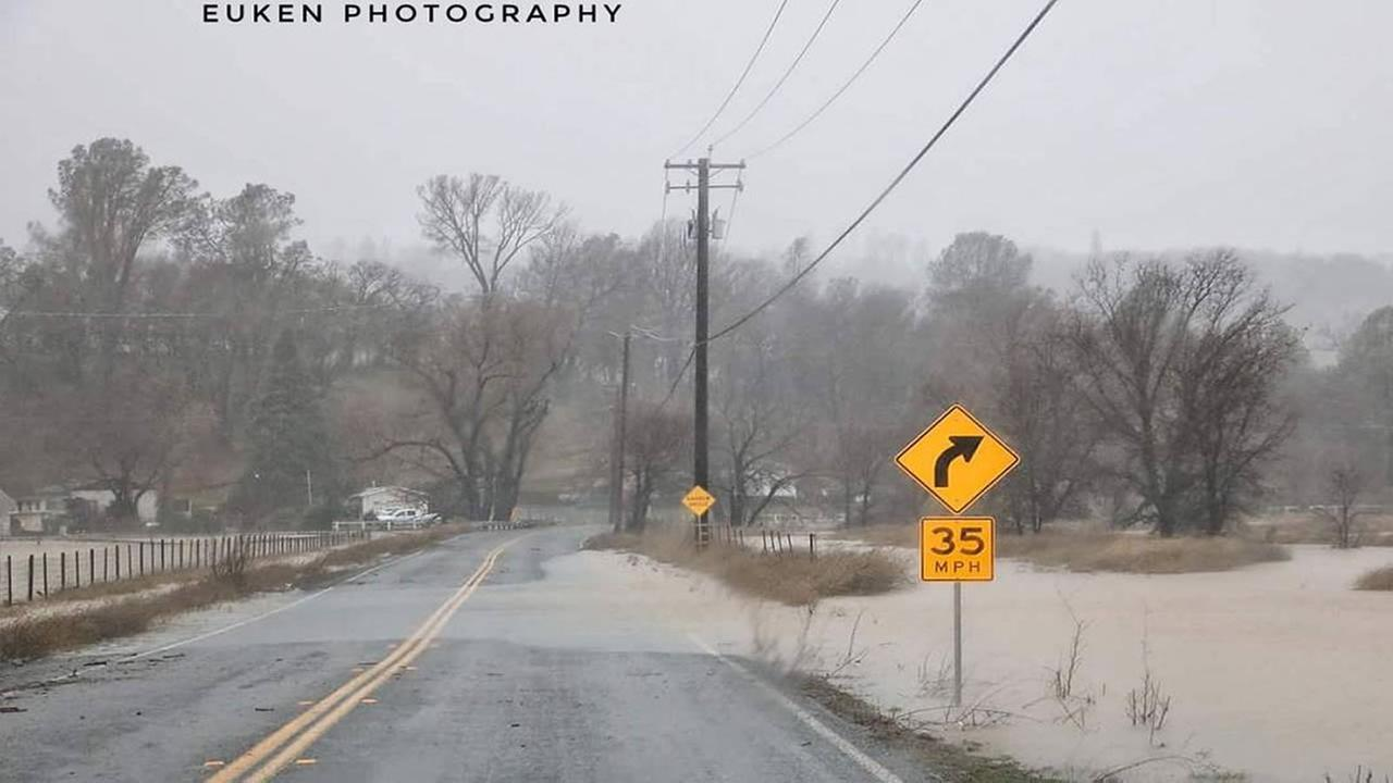 An ABC7 News viewer captured flood waters passing over a road in Middletown, Calif. on Jan. 8, 2017.euken_photography/Twitter