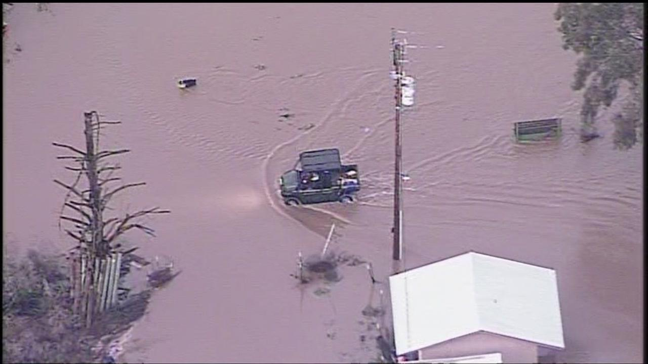 Residents fleeing from rising flood water are seen in Hollister, Calif. on Wednesday January 11, 2017.KGO-TV