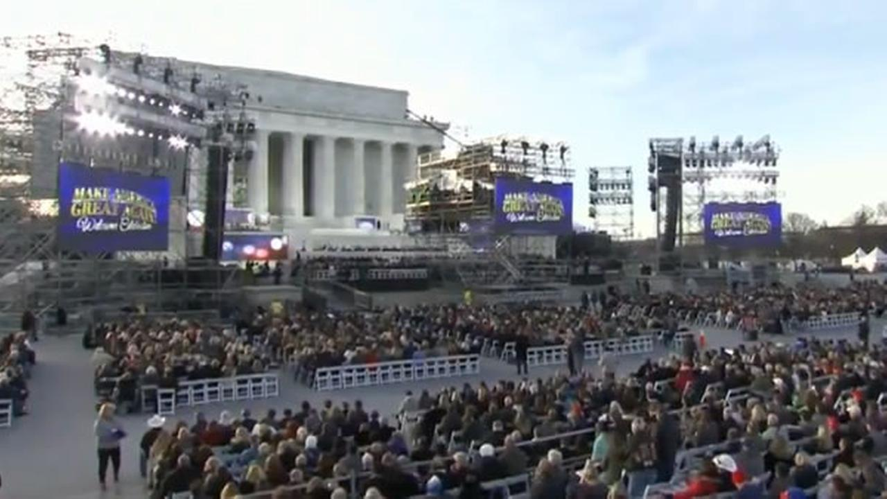Crowds gather for the Make America Great Again Welcome concert at the Lincoln Memorial in Washington, D.C. on Thursday January 19, 2017