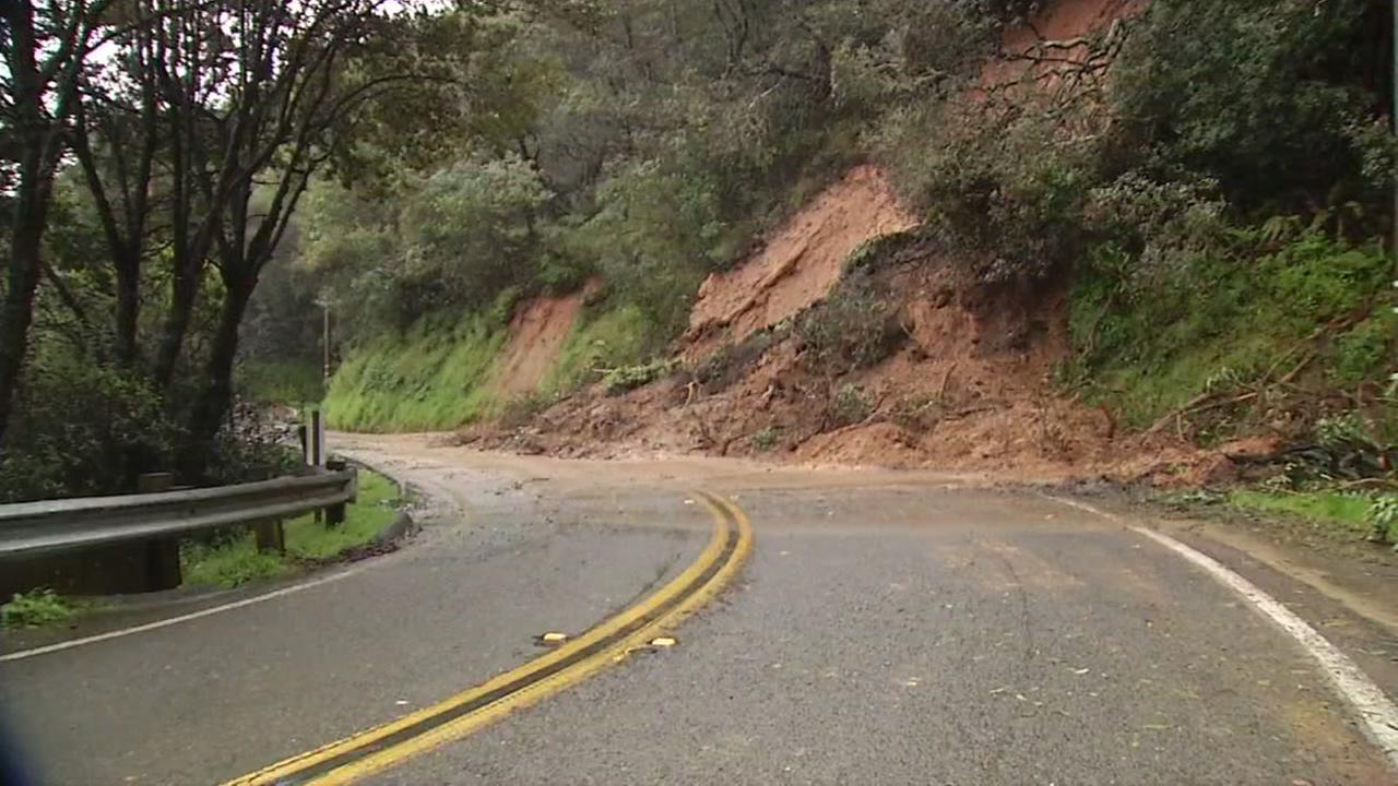 Crews were sent out to secure the area on Paradise Drive near Tiburon, Calif. after another mudslide covered part of the road on Monday, Feb. 20, 2017.KGO-Thttps://twitter.com/LiveDoppler7/status/833874245037891586