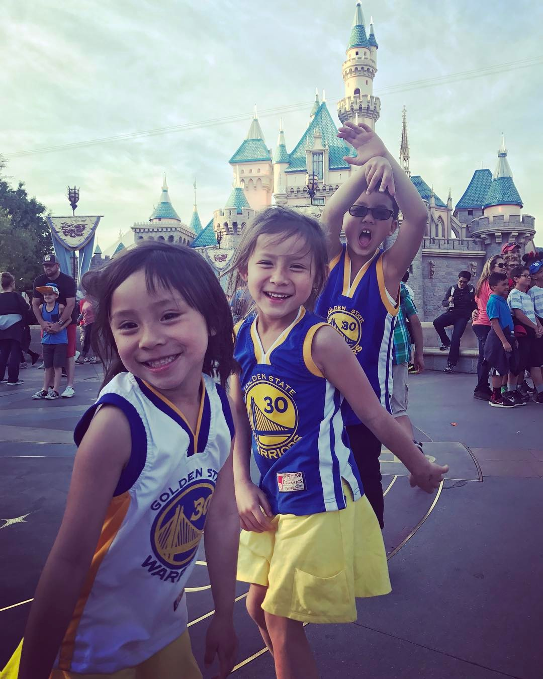 <div class='meta'><div class='origin-logo' data-origin='none'></div><span class='caption-text' data-credit='stel.rn/Instagram'>Golden State Warriors fans are showing their spirit by tagging their photos #DubsOn7.</span></div>