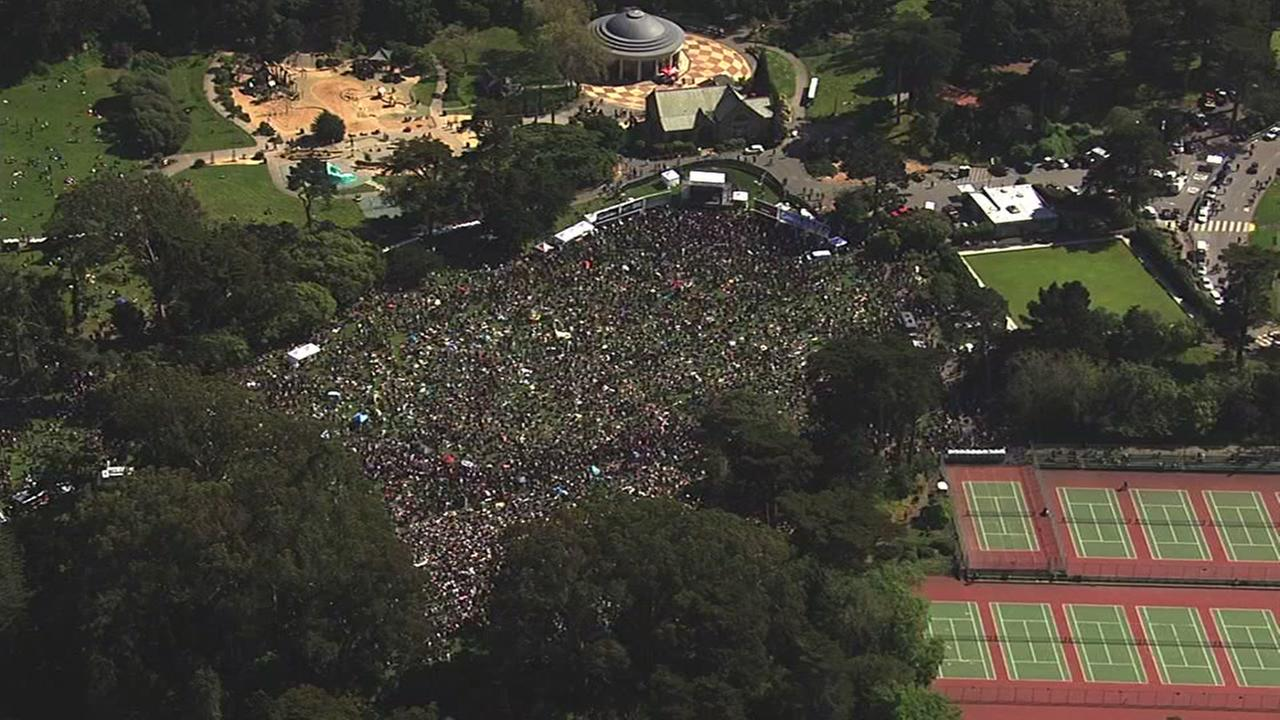 Sky7 was over the 4/20 celebration at San Franciscos Hippie HIll on Thursday, April 20, 2017.KGO-TV