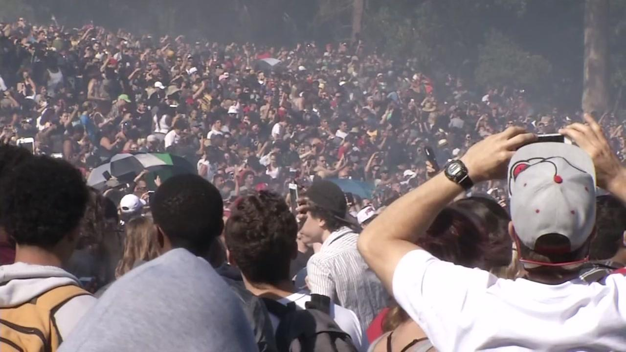 An estimated 15,000 people gathered in San Francisco's Golden Gate Park to celebrate 4/20 on Thursday, April 20, 2017.