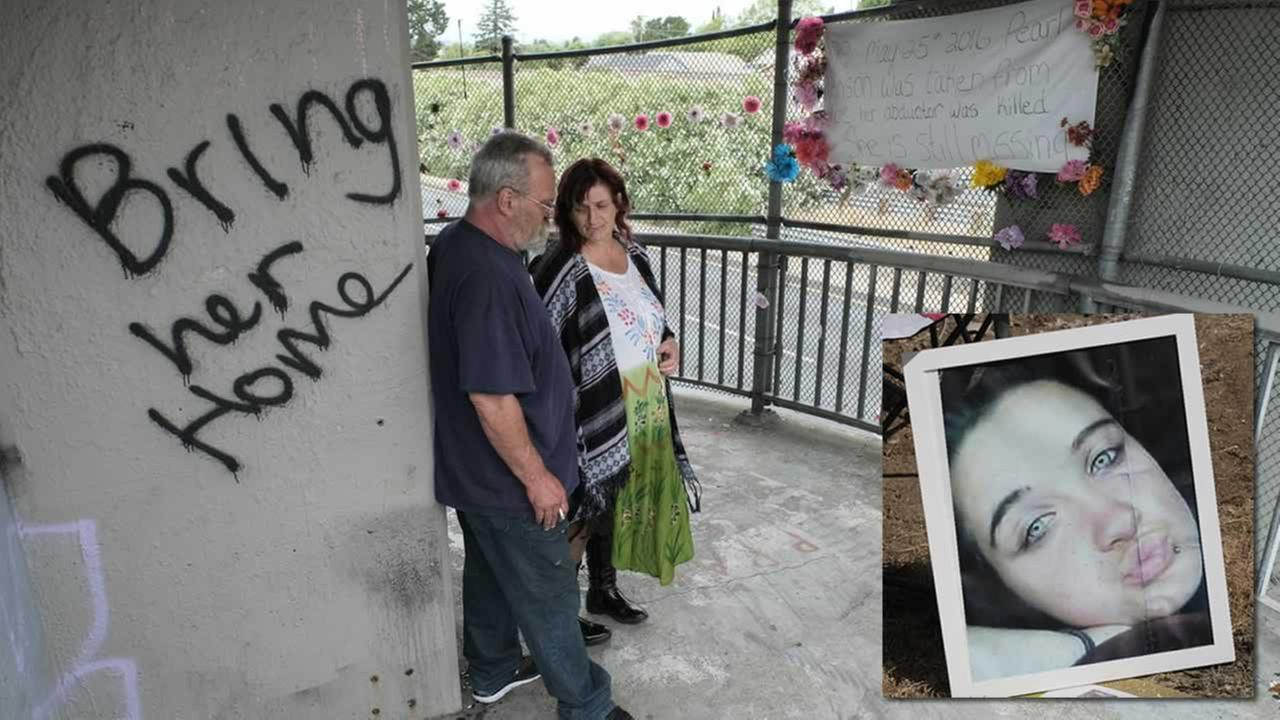 The parents of missing teen Pearl Pinson visit the site of her abduction in Vallejo, Calif. on Thursday, May 25, 2017.