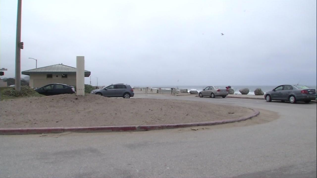 Police say a couple was seen abandoning a child at this rest stop at the Great Highway and Sloat Boulevard in San Francisco on Monday, June 5, 2017.