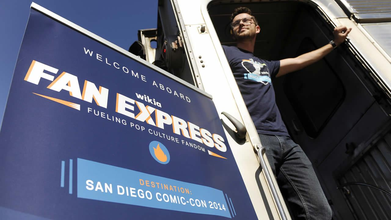 Nick Friedland of San Francisco waits for the departure of the Wikia Fan Express train to Comic-Con International: San Diego 2014 on July 23, 2014, at Union Station in Los Angeles. (Photo by Chris Pizzello/Invision/AP)