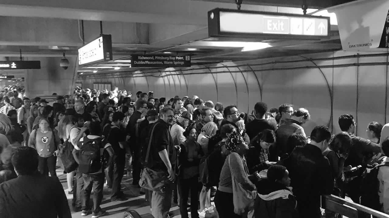 BART passengers pack Embarcadero Station in San Francisco on Friday, June 23, 2017.