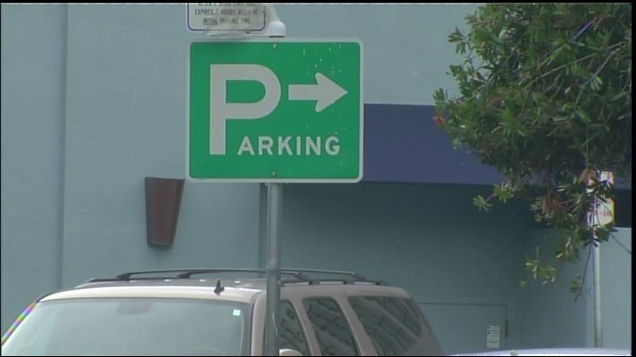 A sign indicating parking appears in Palo Alto, Calif. on Tuesday, June 27, 2017.