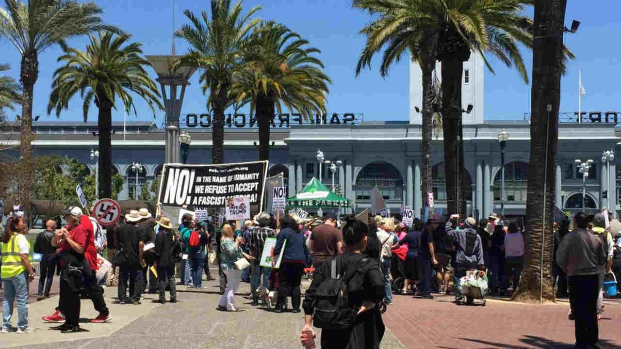 Dump Trump march in LA: Impeachment drive demand at Pershing Square