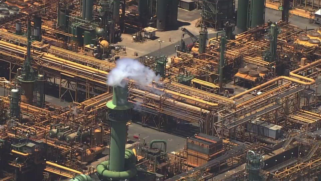 Controlled flaring planned at Valero oil refinery in Benicia